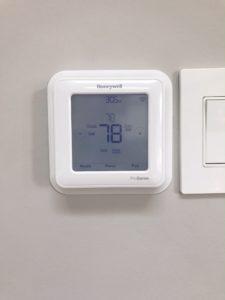 Honeywell Smart thermostat panel